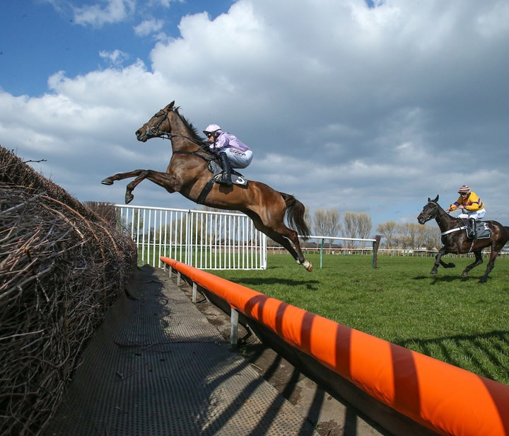 Class 1 Hillhouse Quarry Handicap Chase